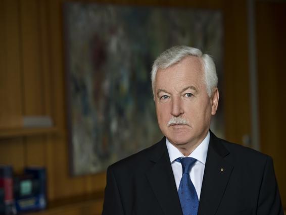 Dr. Boris Žnidarič